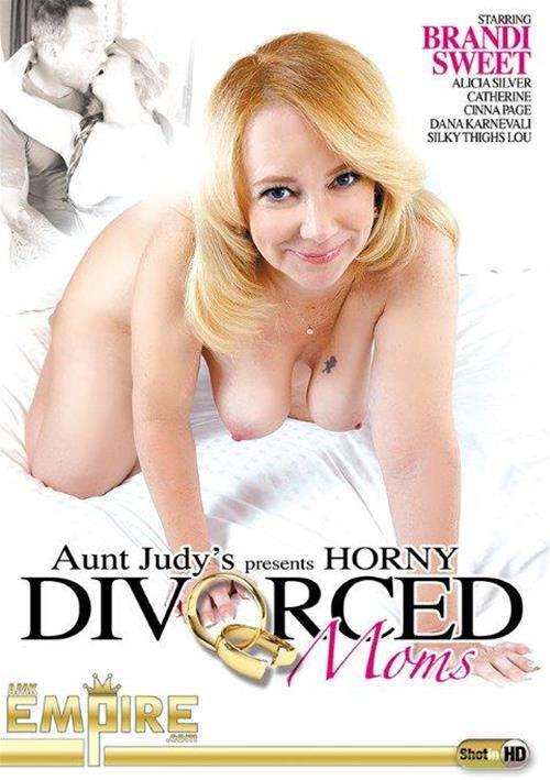 Horny Divorced Moms